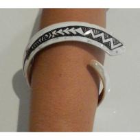 Shell Bracelet Necklace - Leonati Motuliki Master Carver